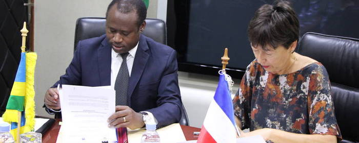 Rwanda – Netherlands sign MoU worth 22,000,000 EUR to finance Integrated Water Resources Management Program